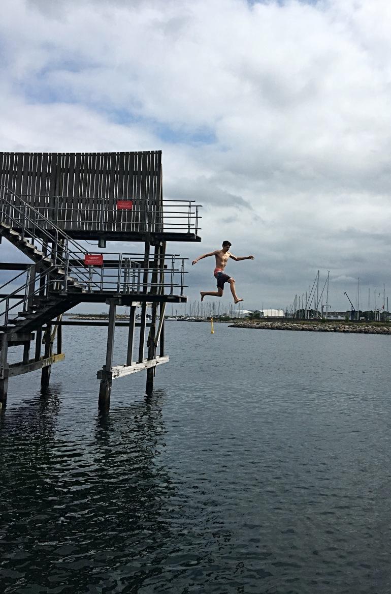 kastrup_søbad_jump