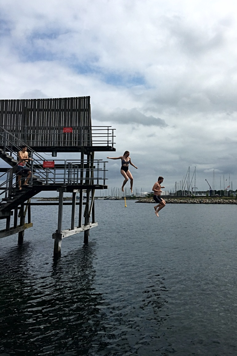 kastrup_sea_baths_jump